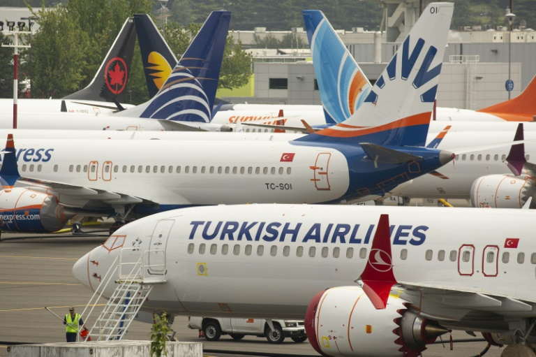 BOEING CRACKS: Fifty Boeing 737NG planes grounded globally