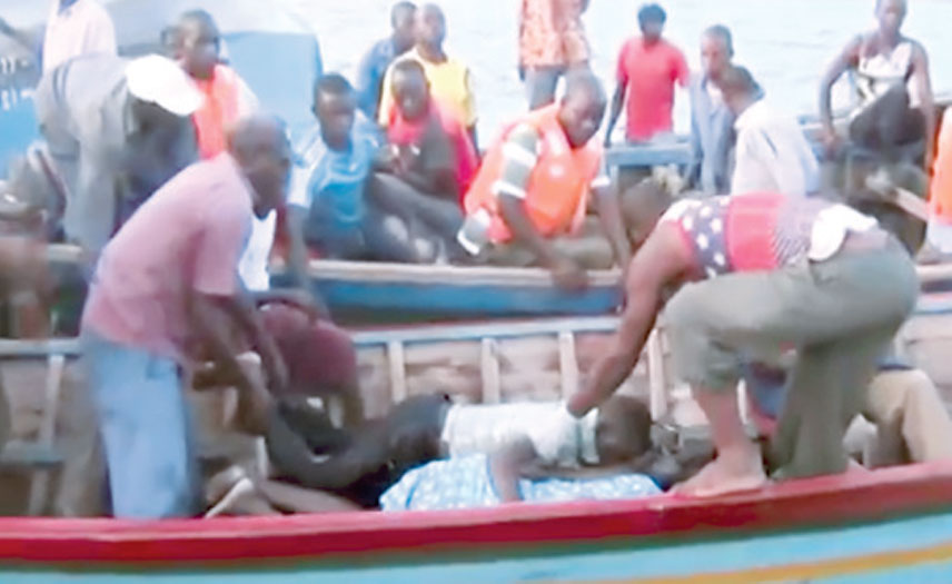 Bizarre:11 dead bodies discovered in a boat in Rivers State