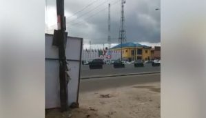 Gunshots At APC Secretariat As Thugs Clash In Port-Harcourt. [Photos/Video]