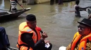 Vice President, Osinbajo visits Flooded Areas in Anambra State