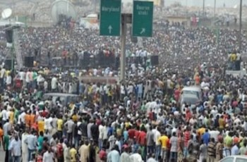 Effects of Population Growth in Nigeria – Consequences and Implications