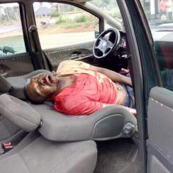 (Photo News): A Civil Defence Officer Allegedly Killed a Motorist Conveying Foods in Abia Over Bribe