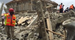 Several trapped as building collapse in Eti-Osa Local government area of Lagos