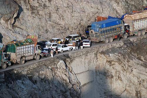 afghanistan-road