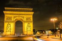 Paris: L'Arc de Triomphe.