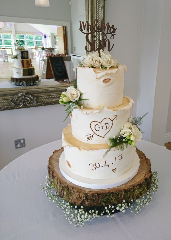 chocolate fruit wedding cake cutting
