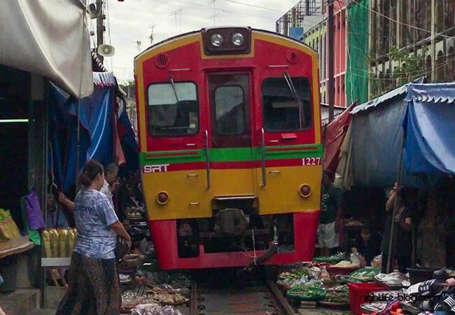 Zugmarkt Thailand Bangkok