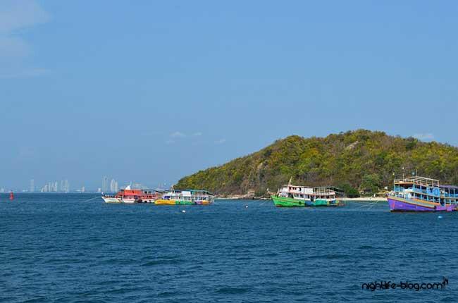 Fähre nach Ko Lan