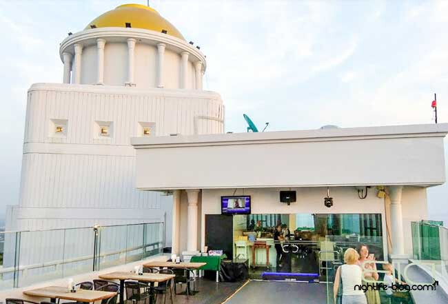 Jomtien Rooftop Bar