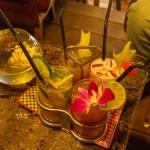 楽しく飲むなら池袋の安いガールズバーがおすすめ!リピート必至の人気10店