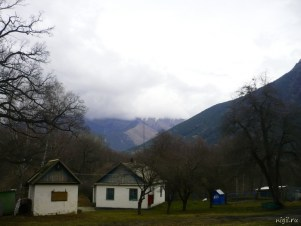 Дома на окраине Теберды