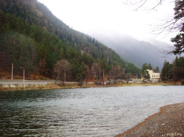 Озеро Кара-Кёль. Совсем маленькое