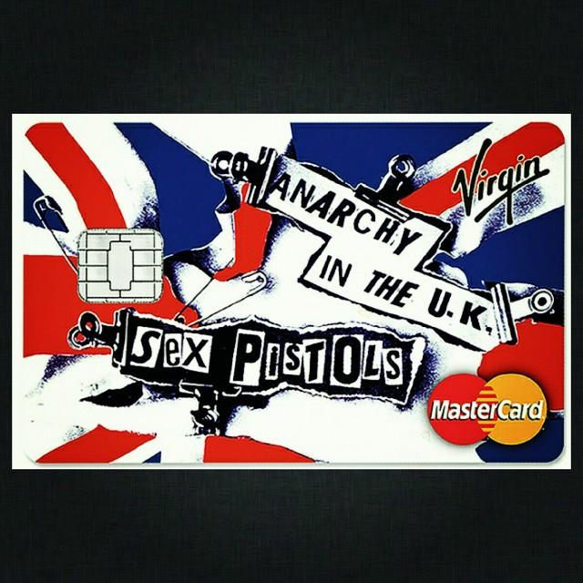 Международная кредитная организация Virgin Money, выпускает серию кредиток с оформлением под альбомы ветеранов панк-рока. Это как сберкнижка с ГРАЖДАНСКОЙ ОБОРОНОЙ.