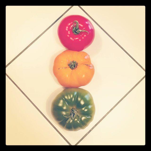 Светофор из помидор #еда