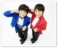山上兄弟が子どもの頃の写真