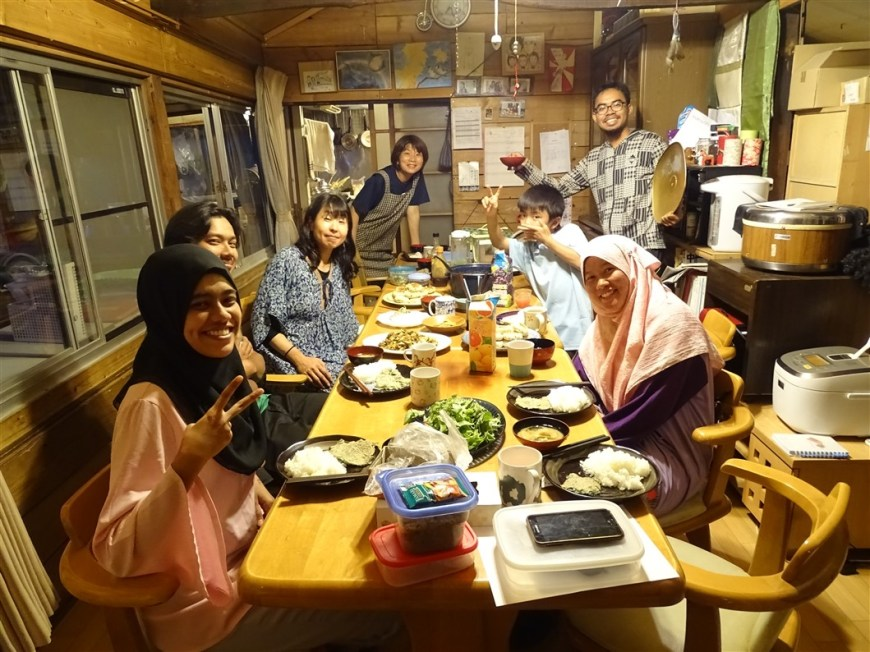 un-diner-en-famille-wwoofing-japon