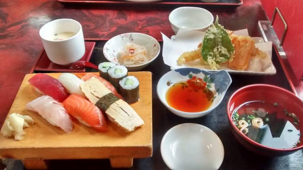Des sushis et des Tempura