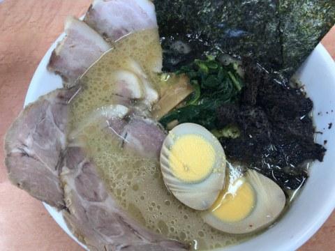 新潟市西区の味濱家 新潟大学前店で特別ごほうびちゃーしゅー麺を食べた