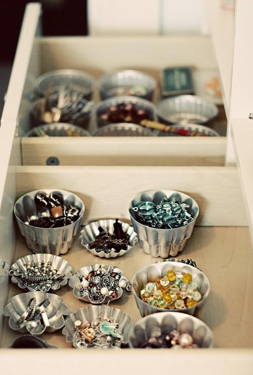 organização diy - forminhas de aluminios para aneis e brincos