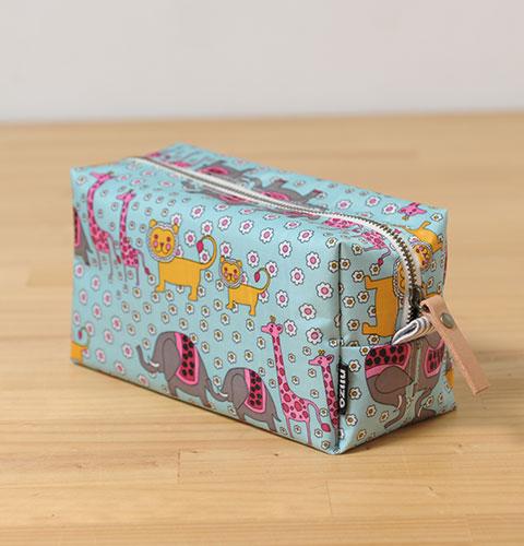 吐司化妝包( niizo設計材料包‧紙型‧訂製品 )