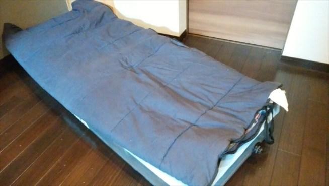 マットの上 寝袋