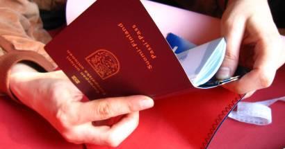 З паспортом якої країни дешевше подорожувати?