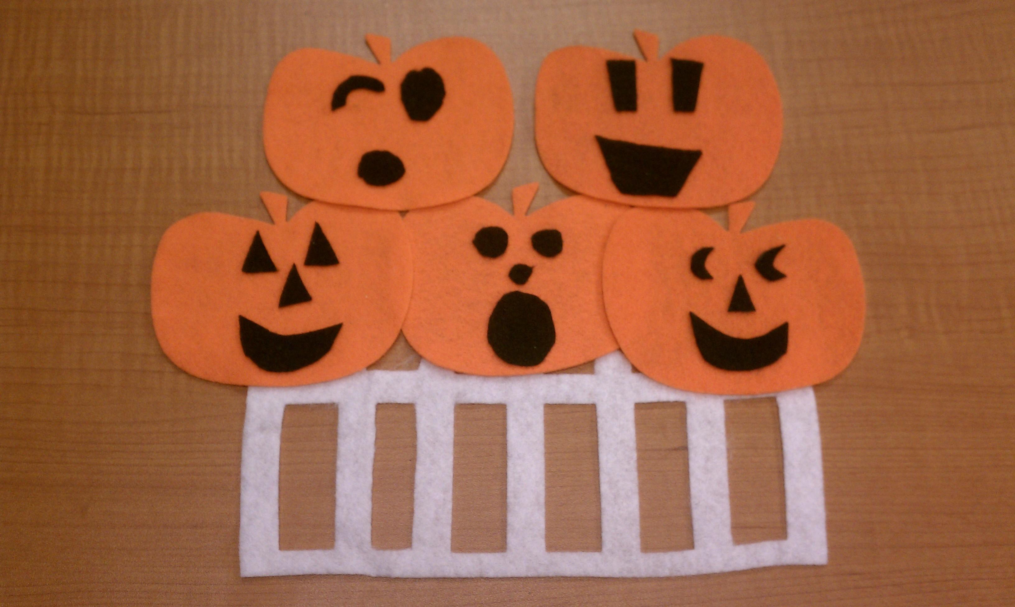 Flannel Friday Five Little Pumpkins