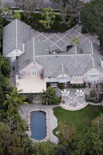 Tom Cruise's Beverly Hills residence 2005