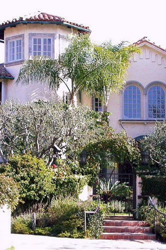 Uma Thurman's Pacific Palisades mansion 2005