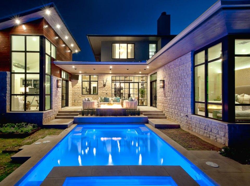 Gambar Desain Rumah Mewah 19