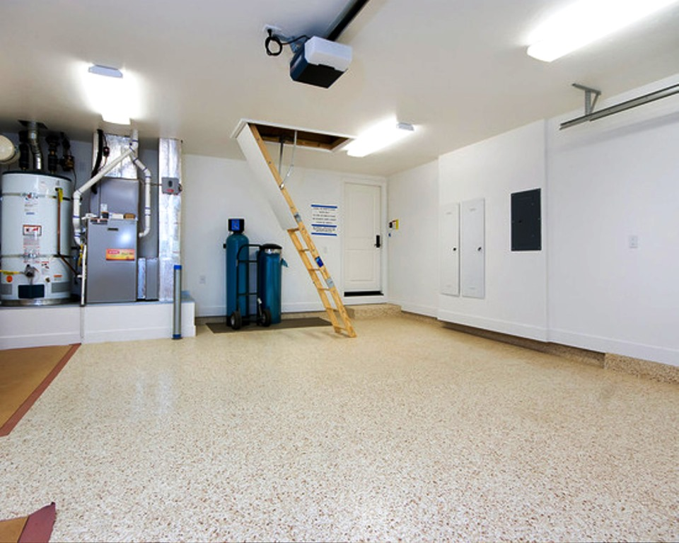 Nikifour Karawang kontraktor Epoxy Coating Terbaik - Kontraktor Epoxy Coating - Picture from houzz. com 14