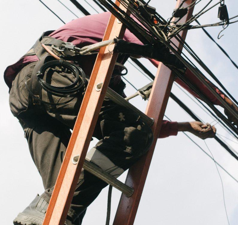 Kontraktor Elektrikal Industry