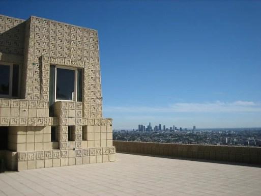Bangunan Beton Modern