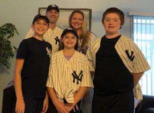New York Yankees Loving Family