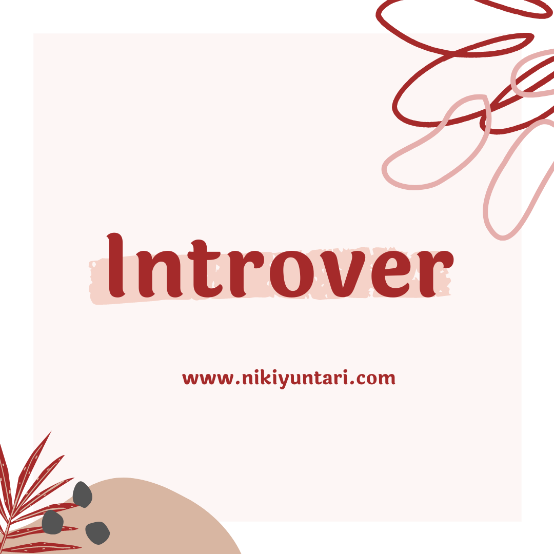 [Puisi] Introver