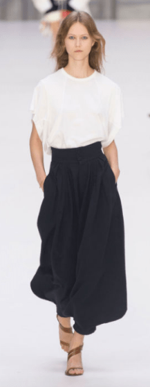 CHLOE The chic and simple design is an easy style for Sunday brunch with the girls or a busy day at work.