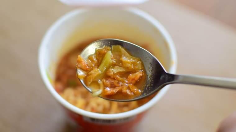 辛ラーメンキムチカップ麺キムチシャキシャキ