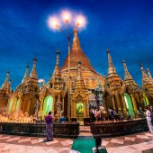 praying-swedagon-2-nr