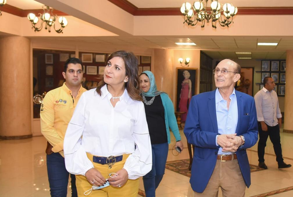 «وزيرة الهجرة» : الفنان محمد صبحي سيقدم حلقات ترسخ الهوية لشباب المصريين بالخارج