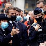 الرئيس الفرنسى يصل إلى موقع حادث الطعن فى مدينة نيس