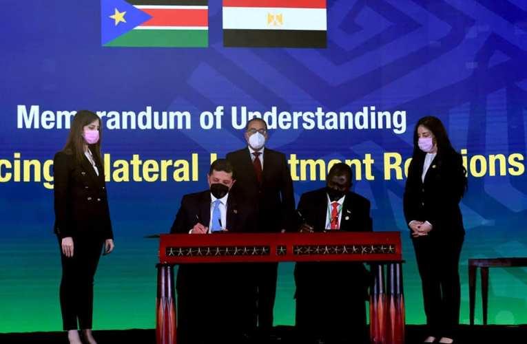 مصر توقع علي مذكرتي تفاهم لتعزيز التعاون مع السودان وجنوب السودان