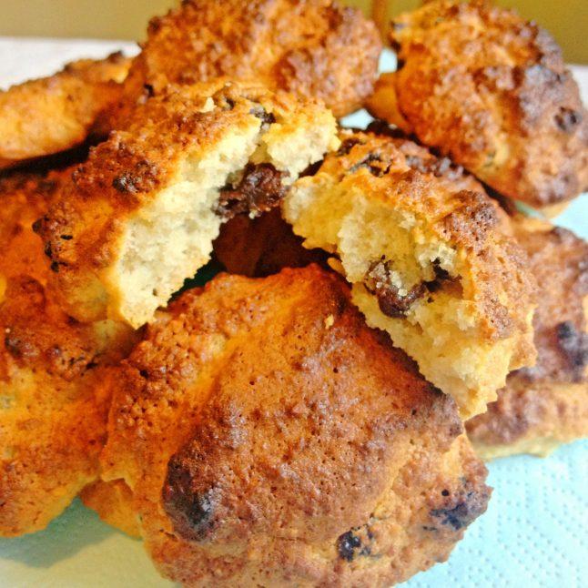 Hasselnötskakor med honung och russin (glutenfria, mjölkfria, utan vitt socker)