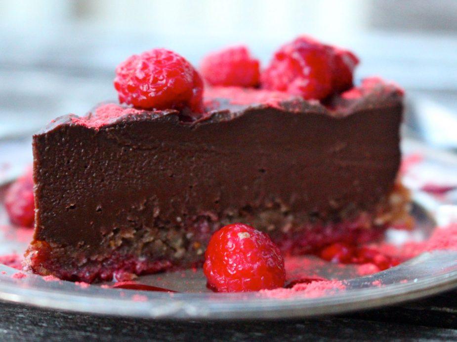 Raw chokladtryffeltårta (vegan)