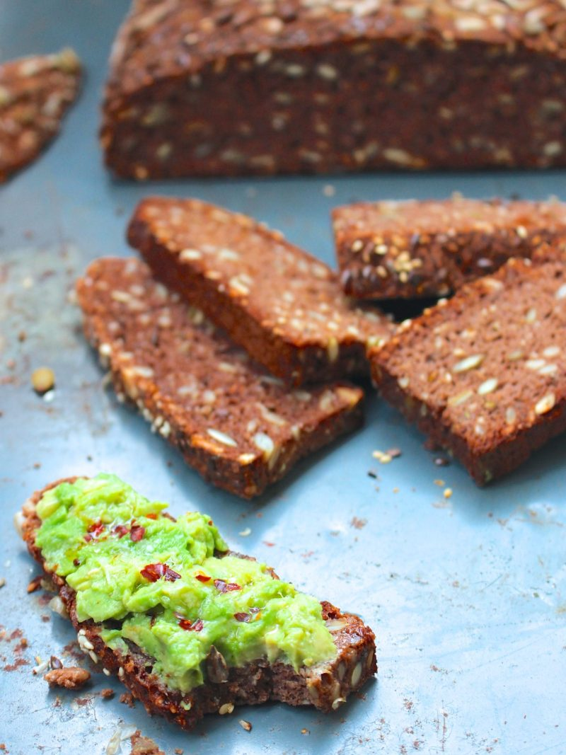 Glutenfritt frölimpa med kakao och spiskummin