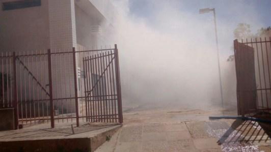Muita fumaça no prédio. Laudo dos Bombeiros fala em comprometimento