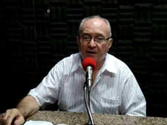 Padre Assis Rocha, um dos diretores da emissora ao longo da história