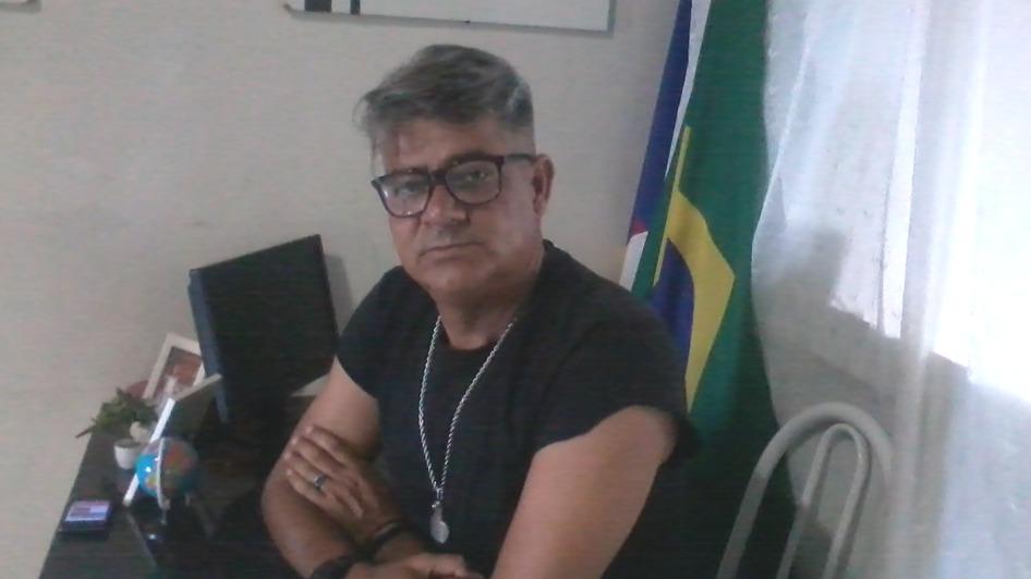"""Professor Orisvaldo sobre a sucessão em Ingazeira: """"sou candidato ..."""