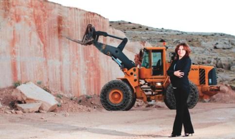 Nil's HR CAFE Röportaj: Yasemin Kalya - Madencilik Sektörünün Tek Kadın Girişimcisi Röportaj & Söyleşi Şemsiyemde Neler Var?