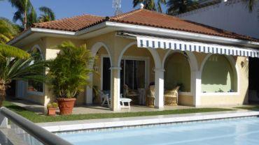 Quick sale !!! Detached bungalow with unique sea view!
