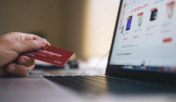 Hackers Target Online Stores With Web Skimmer Hidden in Image Metadata